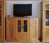 Gepflegte Wohnzimmerschränke 4 teilig mit Beleuchtung. Landhausstil in Buche - Schwanewede