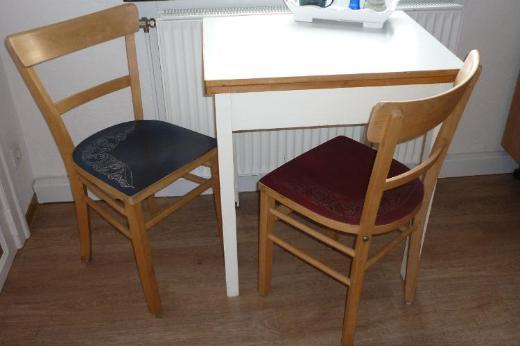 2 tolle Vintage Küchenstühle mit aufwendiger Bemalung - Bremen