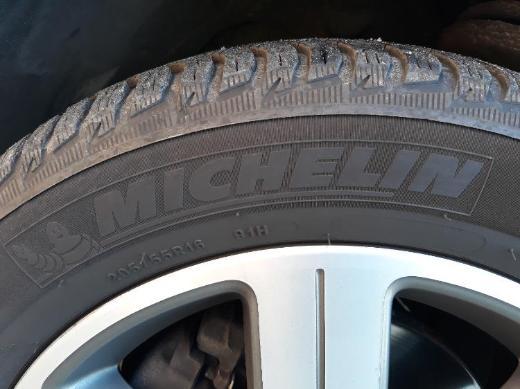 4 VW Alufelgen mit neuwertigen Winterreifen.... - Cuxhaven