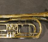 V. F. Cerveny Basstrompete in Bb, weite Bauform mit Tonausgleich