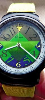 "Originelle Damen-Design-Armbanduhr ""GARD'E"", Edelstahl (schwarz), Textilarmband, gepflegter Zustand! - Diepholz"