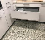 U Küche Küche Einbauküche mit Geräte Messeküche günstig abzugeben - Bremen