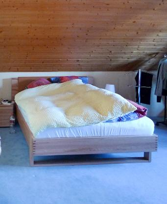 Hülsta Bett 140x200 inkl. elekt. Lattenrost & Matratze / Buche - Stuhr