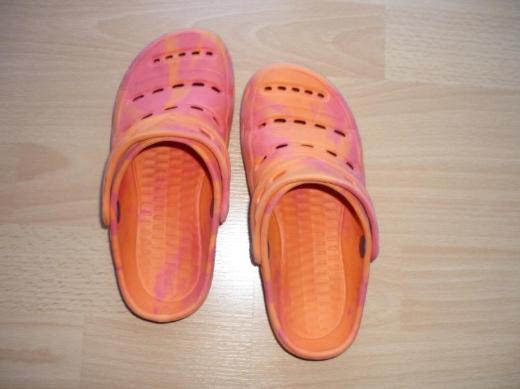 Schuhe Gr.: 30; mit Riemen - Bremen