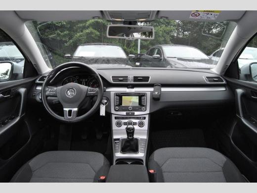 Volkswagen Passat Variant 2.0 TDI Comfortline KLIMA/NAVI/MÜDIGK./GRA - Bremen
