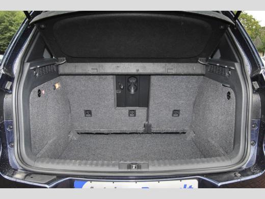Volkswagen Tiguan LOUNGE Navi/AHK/5J Garantie/Kamera - Bremen