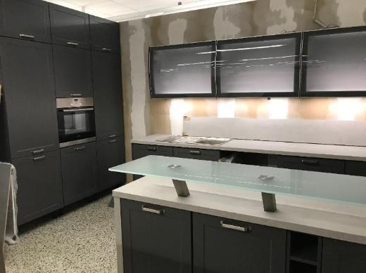 Große Insel-Küche Einbauküche Messeküche für nur 5490,-€ - Bremen