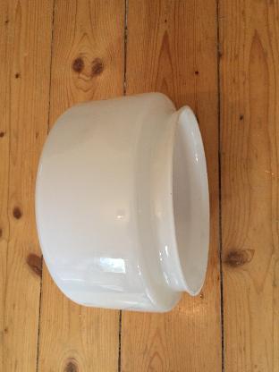 2 Deckenlampen Deckenleuchten Flur Weiß Milchglas 10 cm x 20 cm Neuwertig - Bremen