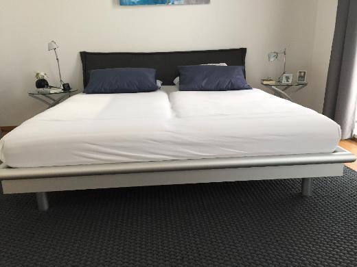 Doppelbett mit Kopfteil aus Buche - Bremen