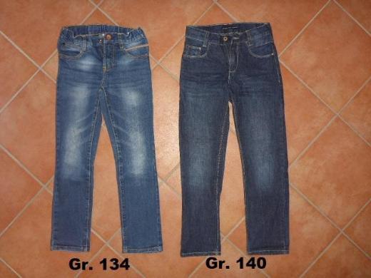 Jungenkleidung Gr. 128 134 140, Schuhe Gr. 33 35 36, Bücher - Bremen