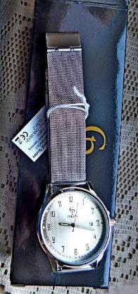 Elegante Marken-Armbanduhr, Milanaise-Armband, ungetragen in OVP! - Diepholz