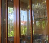 Kirschbaum, Vitrine, Glas mit Facettenschliff,  Tisch - Bremen