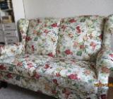 Sofa  mit Blumenmuster - Bremen