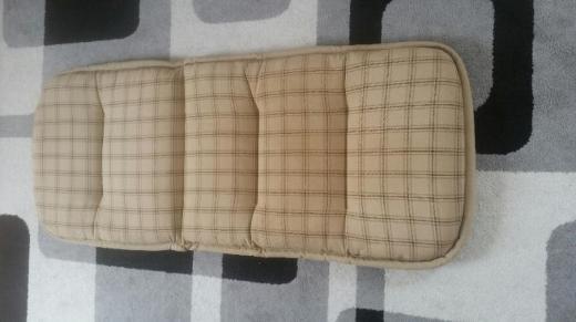 6 Stuhlauflagen cremefarbend von Kettler zusammen - Dinklage