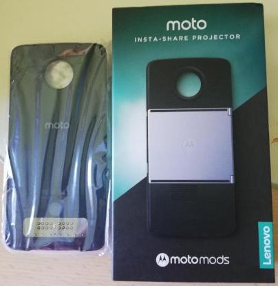 Handy / Smartphone mit Projektor - Jever