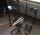 Schlagzeug,neuwertig - Verden (Aller)