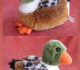 Süße, weiche Plüsch-Ente, Kuscheltier, ca. 22 cm x 15 cm. 100 % zu Gunsten Tierschutz - Achim
