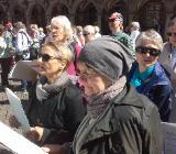 Froh in den Dienstagmorgen: Singen im Frauenchor - Bremen