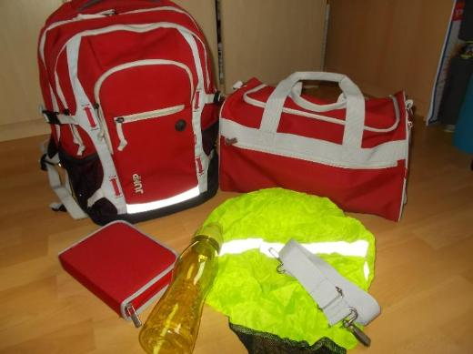 d1c4aeecfbed6 4 You Jump 5 Teiliges Schulrucksack Set - Red -... Edewecht