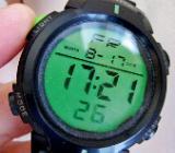 LCD-Multifunktions-Sport-Armbanduhr mit Silikonarmband, gut gepflegt! - Diepholz