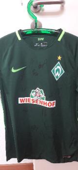 Signiertes Werder Heimtrikot von Nike Gr. M - Bremen