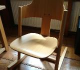 Buche Kinder-Schreibtisch und Moizi Stuhl / Stapelbett - Bremen