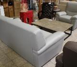 NEU: hellgraue Ledergarnitur: 2er   Sessel von namenhaften italienischen Hersteller - Delmenhorst