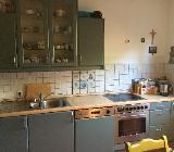 Küchenschränke und funktionstüchtiger Herd - Bremen