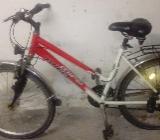 mädchen bike rot weiß - Bremerhaven
