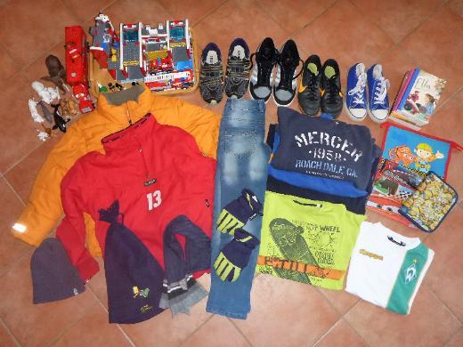 Jungenkleidung Gr.134-152, Schuhe Gr. 33-36, Lego, Schleich, Bücher, Spielzeug