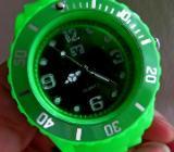 Ungetragene Sport-Armbanduhr, Dreh-Lünette, Kautschuk-Armband, Batterie neu - Top - Diepholz