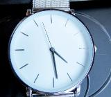 Edelstahl-Armbanduhr, flach und elegant, Milanaise-Uhrenarmband, ungetragen/neu! - Diepholz