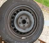 Satz Stahlfelgen mit Reifen - Stuhr