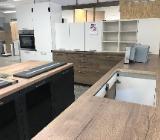 Sofort verfügbar große L Marken Küche Einbauküche mit Geräte !!! - Bremen