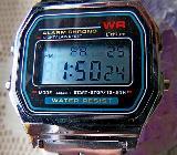 LCD-Armbanduhr, Edelstahl-Gliederarmband, Hintergrund-Licht, noch ungetragen! - Diepholz