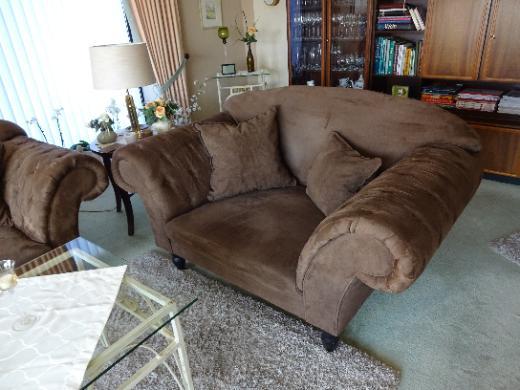 Sofa-Garnitur 3er-2er-Hocker mit 6 Kissen