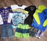 Pullover T-Shirts Shorts 134 140 146, Schuhe 33 35 36, Playmobil uvm. - Bremen