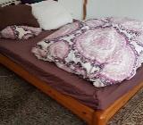 Bett mit Lattenrost und Madratze zuverkaufen (140*200cm) - Bremen