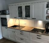 Küchenzeile NOBILIA Landhausstil vintage rustikal neuwertig NEFF Geräte - Bremen