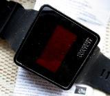 "LCD-""Touch""-Sport-Armbanduhr mit Silikonarmband, Bedienanleitung - Neu! - Diepholz"