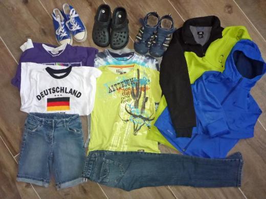 Pullover T-Shirts Shorts 134 140 146, Schuhe 33 35 36, Playmobil uvm.