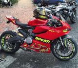 Ducati Panigale 899 - Dorum