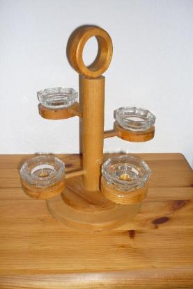 Diverse Holz-Kerzenhalter