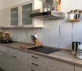 Verkaufe neuwertige, saubere Küche mit E-Geräten - Bremen