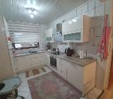 Küche in Hochglanz Creme farben - Nordenham