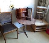 Stuhl,Tisch,Schemel,Regale usw. 22.-Euro komplett - Bremen