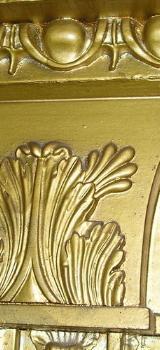 Repräsentativer goldfarbener Spiegel - Lembruch