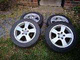 Ganzjahres-Reifen 205/55 R16 auf Alufelgen
