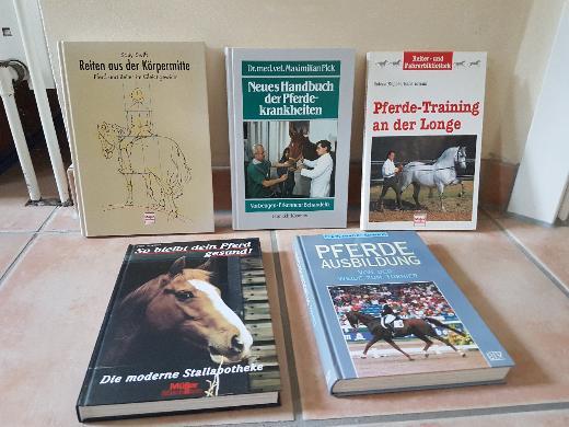 Pferdefachliteratur