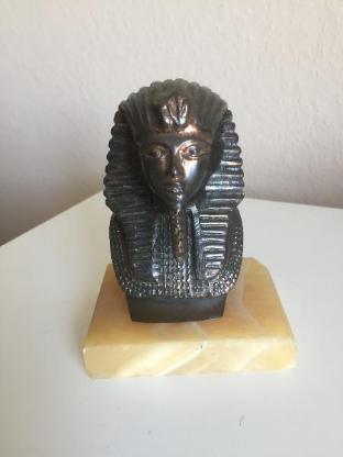 Sphinx Skulptur aus Messing auf Marmorsockel - Bremen
